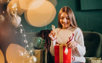 10 Christmas and New Year's Perfect Gifts for Your Partner